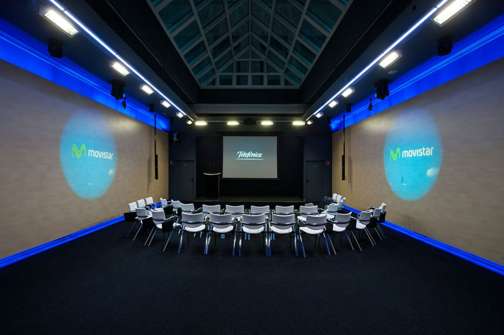 Auditorio de Edificio Telefónica. Foto de www.masquenegocio.com